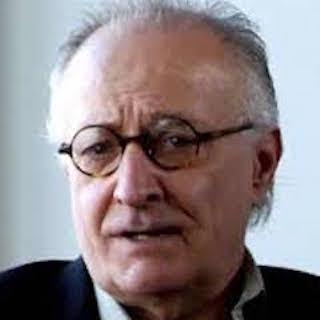 Yannis Simonides